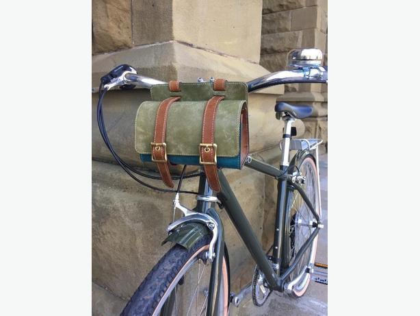 handmade leather bike pouch