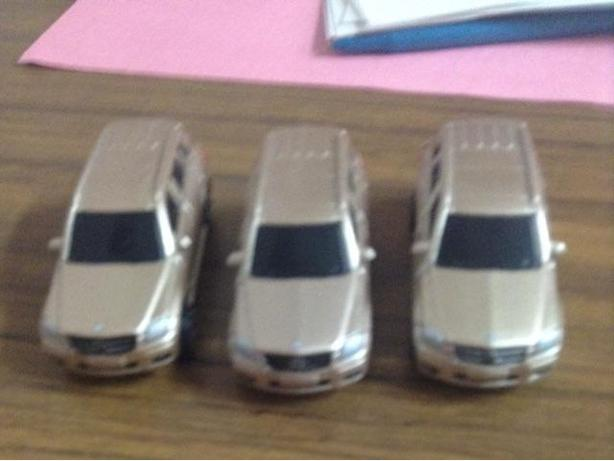 3 Mercedes toy SUVs need gone $6