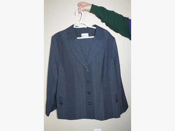 2 pcs. Claire France Suit