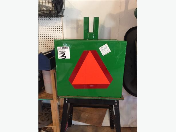 John Deere Ballast box (Counter Weight) - BW15073